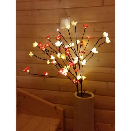 Dekorationskvist LED 2-pack en vit och en röd kvist